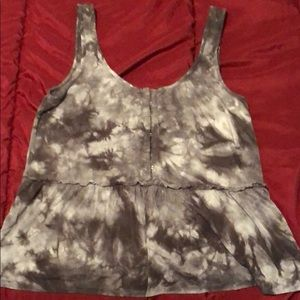 AE front clasp tank top